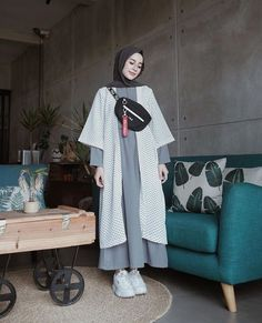 Harga : 130 rb Code : Polka Set Bahan : Inner Wolpeach Outer Katun Polka Ukuran : all size fit to Modest Fashion Hijab, Modern Hijab Fashion, Hijab Style, Casual Hijab Outfit, Hijab Fashion Inspiration, Hijab Chic, Hijab Dress, Muslim Fashion, Mode Inspiration