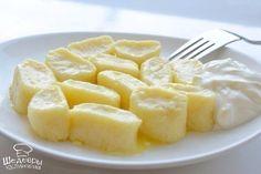 ИНГРЕДИЕНТЫ: ● 500 гр творога ● 1 чашка муки ● 2 яйца ● 50 гр сахара ● 50 гр сливочного масла ...
