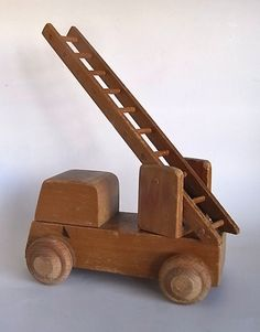 "Kay Bojesen/Wooden Toy ""Fireengine"" - organ-online.com"