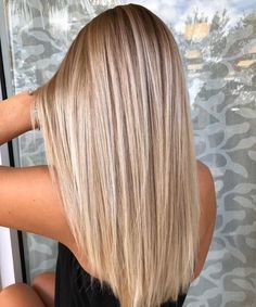 Hairstyles Ideas 99 Excellent Blonde Hair Color Ideas You Have To Try.Hairstyles Ideas 99 Excellent Blonde Hair Color Ideas You Have To Try Blonde Hair Shades, Honey Blonde Hair, Blonde Hair Looks, Blonde Hair With Highlights, Hair Color Balayage, Blonde Color, Blonde Balayage, Blonde Wig, Color Highlights