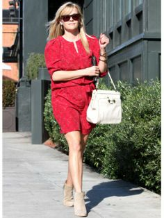 Celebrity Street Style: Reese Witherspoon