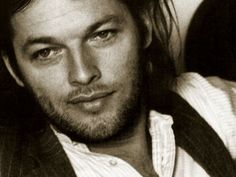 David Gilmour in the 70's - Pink Floyd. Look at those eyes and lips. Such a heartthrob!!!! I am in love!