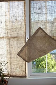 DIY Easy Burlap Shades