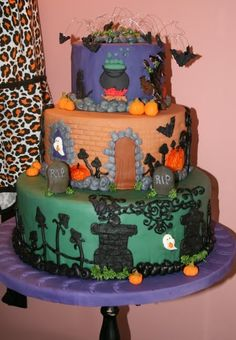 Halloween Cakes Pictures   #scare2win an iPad courtesy of @Camille Dawn Robelotto Mccarty Alley HQ