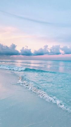 Pretty beach. I want to go there