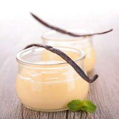 """""""Pires"""" que les yaourts sucrés et aromatisés très riches en sucre, les crèmes dessert comme les """"Dan... - Istock"""
