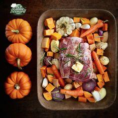 La Cuisine de Bernard: Roast pork with vegetables from .- La Cuisine de Bernard: Roast pork with autumn vegetables - Fall Dinner Recipes, Fall Recipes, Healthy Recipes, Batch Cooking, Cooking Time, Roast Pork With Vegetables, Fall Vegetables, Seafood Dinner, Pork Roast
