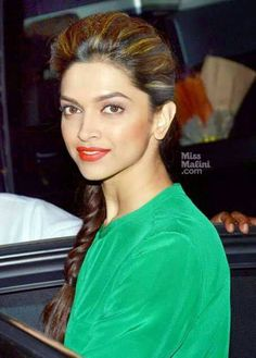 Deepikas Puff and Braid Hairstyles Bollywood Actress Hot Photos, Beautiful Bollywood Actress, Beautiful Actresses, Indian Celebrities, Bollywood Celebrities, Deepika Padukone Hair, Hairstyles For Gowns, Braid Hairstyles, Cute Preppy Outfits