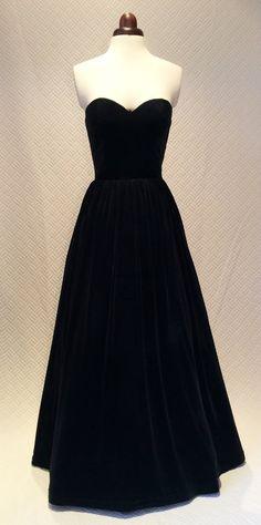 Black ball gown, prom dress, evening gown, party dress, long dress, velvet dress, strapless dress, vintage style dress