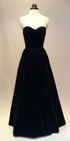 Black ball gown prom dress evening gown party dress by Valdenize