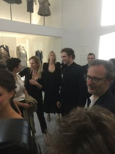 unconditionally and irrevocably in love with Rob: Photo King Robert, Robert Douglas, Robert Pattinson Movies, Dior Haute Couture, Edward Cullen, Famous People, Beautiful People, Interview, Handsome