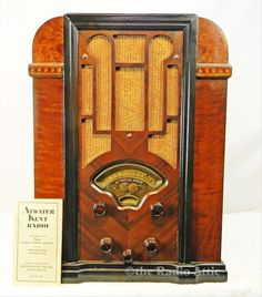 Radio En Platenspeler In Kast Platenspeler Ontbreekt