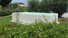 Foto delle piscine Dolcevita Gold e Country. Immagini sia di installazioni di piscine fuori terra, sia di piscine totalmente, parzialmente interrate o terrazzate.