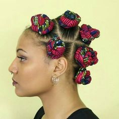 Afro hair is typically associated with natural curls that have a thick, frizzy texture. Such a distinctive type of hair might seem hard to manage, but this has not stopped African beauties from spo… Bantu Knot Hairstyles, My Hairstyle, Trendy Hairstyles, Straight Hairstyles, Black Hairstyles, Hairstyles Haircuts, Bantu Knot Styles, Bantu Knots, Braid Styles