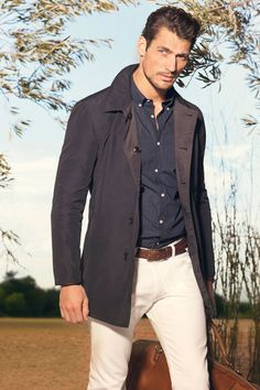 David Gandy poses for Massimo Dutti& February 2013 look book David Gandy Style, David James Gandy, Sharp Dressed Man, Well Dressed Men, Fashion Moda, Mens Fashion, The Fashionisto, Male Fashion Trends, Fashion Updates