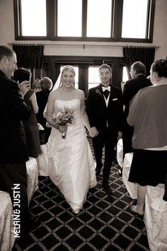 Ótimo gosto para fotos, e nem só de casamentos...  http://www.melanieandjustin.ca