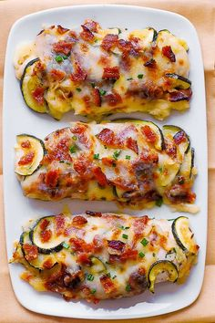 Jump to Recipe Print RecipeBaked Chicken Zucchini with Bacon is a low carb dinner packed with protein and veggies! Chicken breasts are smothered wit. Chicken Zucchini Bake, Baked Chicken, Chicken Recipes, Recipe Zucchini, Zucchini Squash, Keto Chicken, Low Carb Meals Chicken, Keto Recipes, Dinner Recipes