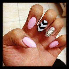 Claw/Stiletto nails wat vind jij er van?