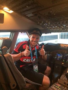 Welcome on board. Captain Podolski is speaking. We're looking forward to seeing all our fans in Berlin! #lp10 #aha pic.twitter.com/cOMWLO38Fv