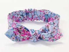 Hey, I found this really awesome Etsy listing at https://www.etsy.com/listing/281855536/baby-bow-headband-baby-girl-headband
