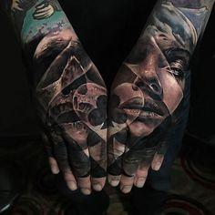 Here's a poker double hand piece done by Sullen Artist @jakconnollyart