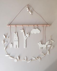 Baby Diy Mobile Simple New Ideas Diy Clay, Clay Crafts, Diy And Crafts, Crafts For Kids, Diy Air Dry Clay, Clay Christmas Decorations, Christmas Crafts, Xmas, Mobiles For Kids