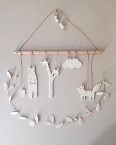 Baby Diy Mobile Simple New Ideas Diy Clay, Clay Crafts, Diy And Crafts, Arts And Crafts, Diy Air Dry Clay, Diy For Kids, Crafts For Kids, Air Dry Clay Ideas For Kids, Mobiles For Kids