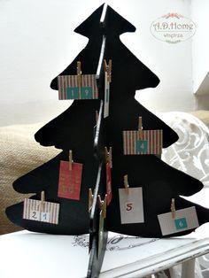 kalendarz adwentowy hand made, farba tablicowa, tablica do pisania, choinka, dekoracja świąteczna
