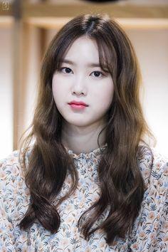 Oh My Girl pics (@ohmygirlpcs) | Twitter S Girls, Sweet Girls, Kpop Girls, Kpop Girl Groups, Korean Girl Groups, Oh My Girl Jiho, Girls Channel, Kpop Girl Bands, Girls Twitter