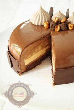 New Chocolate Mousse Cake Decoration Baking Ideas Fancy Desserts, Köstliche Desserts, Delicious Desserts, Dessert Recipes, Easy Cake Recipes, Sweet Recipes, Entremet Recipe, Chocolate Mousse Cake Filling, Cake Chocolate