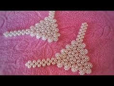 YouTube Bead Jewellery, Beaded Jewelry, Decorating Flip Flops, Bare Foot Sandals, Beading Tutorials, Seed Beads, Crochet Necklace, Projects To Try, Diy Crafts