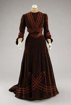 Afternoon dress by Jeanne Hallee, silk, c. 1903, French.