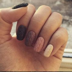 sweater nails - this is so amazing!