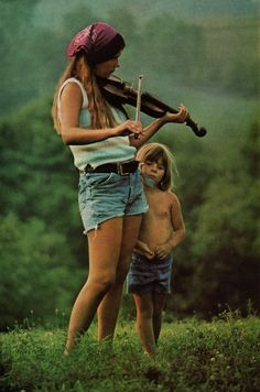 ♫♪ Music ♪♫ mother and son National Geographic 1976