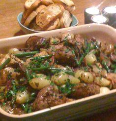 Allt-i- ett-levergryta med ugnsstekt potatis - Tre tjejer i köket