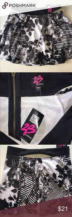 NWT 2B by Bebe mini skirt w/ zip back Size Large NWT 2B by Bebe mini skirt w/ zip back Size Large 2B Bebe Skirts Mini