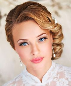 Hairstyle for wedding inspired by 1920s – 1940s look
