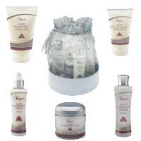 Sonya® Skin Care Kit https://shop.foreverliving.com/retail/entry/Shop.do?store=NLD&language=nl&distribID=310002057252