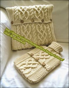 Knit Pillow, Crochet Projects, Knitting Patterns, Knit Crochet, Creations, Reusable Tote Bags, Tapestry, Wool, Pillows