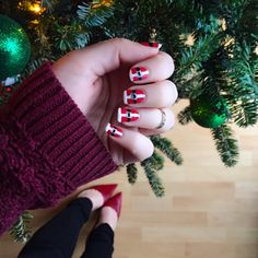 Kicking off Christmas Week with a throwback to one of my favorite festive manicures from last year!!  http://liketk.it/2pUHR @liketoknow.it #liketkit #ltkholidaystyle #fromwhereistand #ltkbeauty