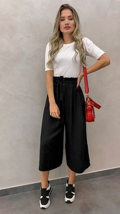 7 fashion pants for women that serve as anti-skinny jeans, ., - - 7 fashion pants for women that serve as anti-skinny jeans, Source by Komplette Outfits, Spring Outfits, Casual Outfits, Fashion Outfits, Womens Fashion, Outfits Mujer, Winter Outfits, Party Outfits, Ootd Spring