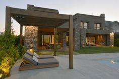 Double Storey House Plans, House Construction Plan, Modern Villa Design, Casa Patio, Design Exterior, Home Exterior Makeover, Bungalow House Design, House Entrance, Modern House Plans
