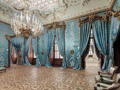 Stadtpalais Liechtenstein, Vienna: the ballroom. > Photo by podpod design [x].