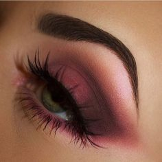 Flawless purple smokey by ✨💕✨ Kiss Makeup, Glam Makeup, Pretty Makeup, Love Makeup, Makeup Inspo, Makeup Art, Makeup Inspiration, Beauty Makeup, Hair Makeup