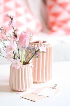 mahalolena | Spring Decorating Ideas | http://mahalolena.com