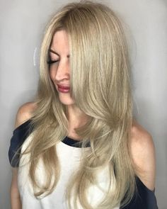 24 Flattering Middle Part Hairstyles In 2019 Middle Part Middle Part Hairstyles, Hairstyles For Round Faces, Latest Hairstyles, Weave Hairstyles, Straight Hairstyles, Amazing Hairstyles, Hairstyles Men, Black Hairstyles, Haircuts