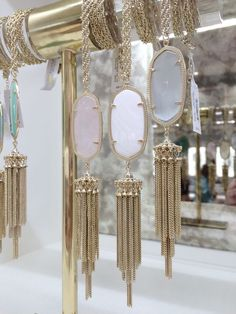 Kendra Scott rayne necklace... I'll take one in every color, please!