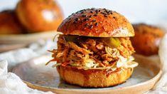 Pulled Pork, Hamburger, Fresh, Ethnic Recipes, Shredded Pork, Burgers, Braised Pork