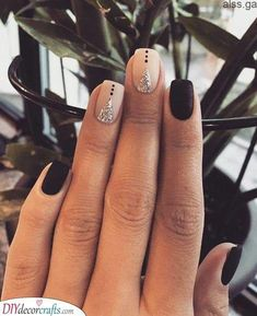 Creative and Divine – Perfect Short Nail Design The post Creative and Divine – Perfect Short Nail Design appeared first on alss wp.