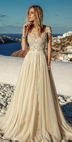 Featured Dress: Eva Lendel wedding dress